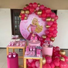 Barbie Centerpieces, Barbie Theme Party, Barbie Birthday Cake, 21st Birthday Decorations, Birthday Party Decorations Diy, Birthday Centerpieces, Birthday Party Themes, Balloon Crafts, Bday Girl