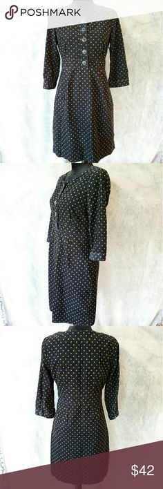 × Boden × Navy + Green Corduroy Dress Perfect for cool weather! Excellent used condition, no rips, snags or stains. Boden Dresses