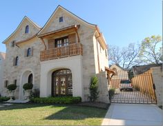 CURB APPEAL – three stories of stone and stucco, wonderful shutters, arches and balconies, pavers Free Floor Plans, Different House Styles, Balcony Window, Winding Staircase, Craftsman Style Homes, Stuck, Facade House, House Exteriors, House Front