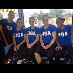 Team USA Gymnastics Team enjoying themselves in London Us Gymnastics Team, Gymnastics Videos, Go Usa, Fab Five, Laughing Quotes, Sports Baby, Gabby Douglas, Sport Icon, Olympics