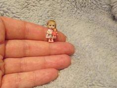 Miniature handmade little girl doll. Tiny Dolls, Old Dolls, Antique Dolls, Dollhouse Dolls, Miniature Dolls, Dollhouse Miniatures, Pretty Dolls, Beautiful Dolls, Clay Baby