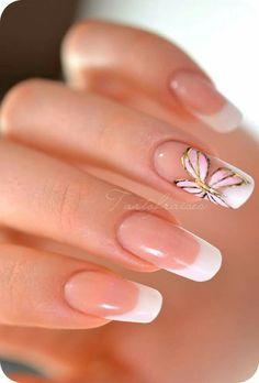Franceaas con un toque de mariposa http://manicure.mujeryestilo.com/