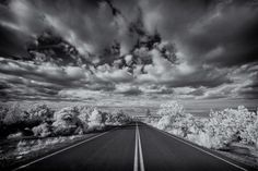 19 BREATHTAKING EXAMPLES OF INFRARED PHOTOGRAPHY - The Painted Desert Infrared