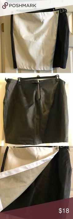 NWT PLUS SIZE Skirt/Skort🖤 NWT Skirt/Skort . PU LEATHER. Forever 21 Skirts Pencil