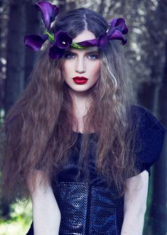 ❀ Flower Maiden Fantasy ❀ beautiful photography of women and flowers - purple Mauve, Lilac, Violet Garden, Quirky Fashion, Blue Fashion, High Fashion, Floral Headpiece, Crown Hairstyles, Fantasy Makeup