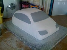 Epiphany Cupcakes: The making of a Police Car Cake                                                                                                                                                     Mehr