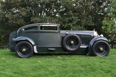 Looking for the Bentley of your dreams? There are currently 264 Bentley cars as well as thousands of other iconic classic and collectors cars for sale on Classic Driver. Auto Retro, Retro Cars, Vintage Cars, Antique Cars, Supercars, Bentley Car, Bentley Motors, Blue Train, Pt Cruiser