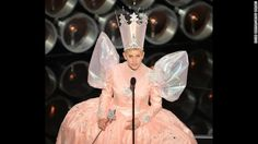 "DeGeneres channels Glinda the Good Witch from ""The Wizard of Oz.""- Ja ja ja ja jaaaaaaaaaa!!!"
