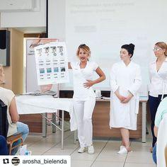 AROSHA's indispensable #priceless trainer and #spaeducator Cincia Magoni. AROSHA ALWAYS ON THE MOVE! #spatraining  #massage #beauty #cellulite #bodywraps #slimming #bodycontouring #dayspa #spa #medspa #esthetician #skincareblogger #cosmeceuticals #cosmetics #skincare #antiaging #facemask #sheetmask #peeling #biocellulose #arosha #beautylink #infraredwrap #wellness #detox #inchloss #Repost @arosha_bielenda