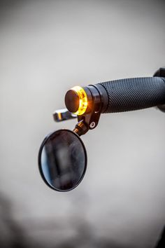 Clever little turn signal in the motorcycle handlebars.