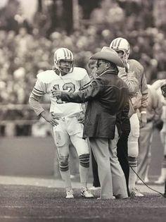 Giants Football, School Football, Football Players, Football Coaches, Football Photos, Sports Photos, Football Stuff, Bum Phillips, Nfl Hall Of Fame