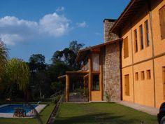 Encontrá las mejores ideas e inspiración para el hogar. São Lourenço da Serra/SP por Bianka Mugnatto Design de Interiores | homify