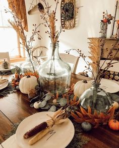 Halfway there my Friends! This week seems to be going fast. At least I think anyway. Thanksgiving Decorations, Seasonal Decor, Holiday Decor, Fall Home Decor, Autumn Home, Diy Projects For Fall, Country Farmhouse Decor, Modern Farmhouse, Diy Fall Wreath