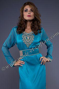 Les caftans sont des vêtements traditionnels marocains.