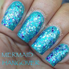Glitter nails (mermaid)