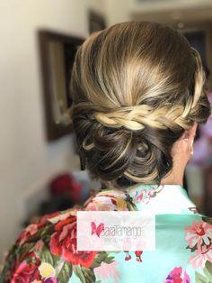 Peinados sencillos para damas de honor. bodas.  Peinados con trenzas