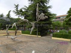 Outdoor Sculpture Museum - Sculptures in bronze and stone are on display in the museum and garden - Leganés (Madrid, Spain) w.ocioenfamilia.com/proc59_ocioenfamilia_museo_escultura_aire_libre_leganes_Cultura.htm#.VUfX4o5_Oko