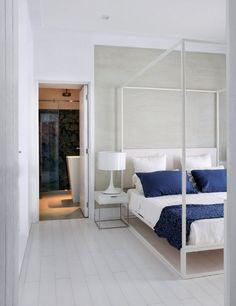 Dormitorio minimal - blanco y azul