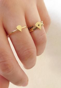 Gold Fan ring 14K Solid gold ring Delicate triangle by ZacdeGal