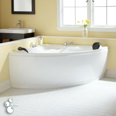 Add a contemporary touch to your bathroom with the Talia Corner Acrylic Tub. Perfect for a master bath suite or guest bath, this tub rests on Ball & Claw feet. Pair with a freestanding tub filler to complete your look. Corner Tub, Acrylic Tub, Small Bathroom, Large Bathtubs, Jet Tub Shower Combo, Refinish Bathtub, Bathtub Design, Bathroom Design, Bathtub