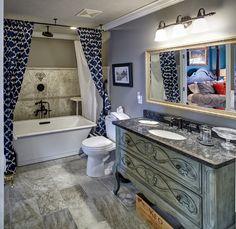 Monet Suite bathroom at Chateau Chantal
