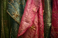 Oh, this is really nice silk fabric from the http://www.silkfabricwholesale.com/ , in high quality and fast shipping. Amazing