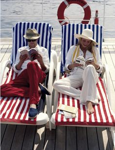Cruise fashion in blue, white and red, pictures by world-renowned fashion photographer Pamela Hanson . Fashion Art, Fashion Photo, Classic Fashion, Blue Fashion, Fashion Tips, Curvy Fashion, Fall Fashion, Style Fashion, Fashion Trends