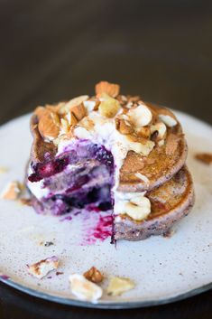 Jamie Oliver Turns A Healthy Blueberry Smoothie Into Pancakes Breakfast And Brunch, Breakfast Recipes, Breakfast Pancakes, Jamie Oliver Pancakes, Jamie Oliver Breakfast, Healthy Blueberry Pancakes, Yogurt Pancakes, Fluffy Pancakes, Beignets