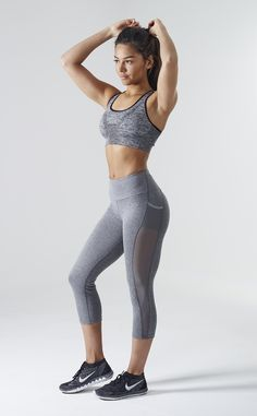 Quality cell phones with free worldwide shipping on AliExpress Grey Sports Leggings, Tops For Leggings, Workout Attire, Workout Wear, Athletic Outfits, Sport Outfits, Boxe Fitness, David Laid, Leila