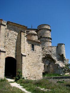 le château du Barroux. Provence-Alpes-Côte d'Azur