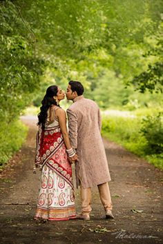indianweddingbrideandgroomoutsideportraitslenghaandsherwani http://maharaniweddings.com/gallery/photo/10506