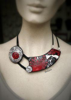 Collier original ras de cou rouge,noir et blanc : Collier par bellou