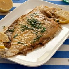 Paul Bocuse's recipe for a classic French dish: Sole Meuniere. Chef Recipes, Fish Recipes, Seafood Recipes, Cooking Recipes, Belgian Cuisine, Belgian Food, Crab And Lobster, Fish And Seafood, Fish Dishes