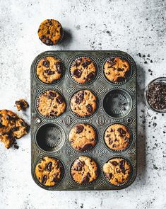 Sourdough Chocolate Chip Banana Bread Muffins (Recipes - The Boy Who Bakes) Banana Bread Muffins, Easy Banana Bread, Chocolate Chip Banana Bread, Banana Bread Recipes, Quick Bread, Chocolate Flavors, Muffin Recipes, Dried Banana Chips, Dried Bananas