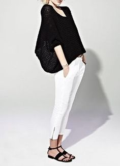 Style - Minimal + Classic: loose short top with fitted pants