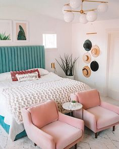 How To Create a Relaxing Bedroom Sanctuary + Bedroom Decor Ideas. Create A Relaxing Bedroom Sanctuary Home Interior, Interior Design, Interior Livingroom, Apartment Interior, Bedroom Apartment, Living Room Decor, Bedroom Decor, Bedroom Ideas, Entryway Decor