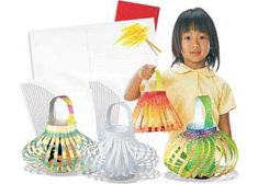Get creative this Christmas with these Colour-In Chinese Lanterns! The perfect way to decorate your classroom or household this Christmas!