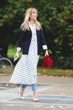 The Best Street Style At London Fashion Week SS18 #refinery29 http://www.refinery29.uk/2017/09/170850/street-style-london-fashion-week-ss18#slide-17