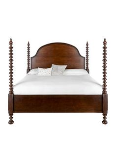 Holcomb Bedroom Furniture - spindle poster bed