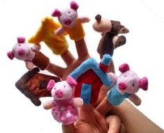 8X Finger Puppets . Children's storytelling helper, hand puppets .The Three Little Pigs TY038