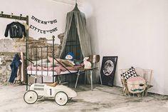 Le Ciel de lit Canopy proposé par Numéro 74, pour une ambiance féerique dans la chambre de votre enfant ;)