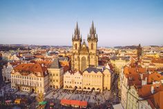 Old Town Square, Czech Republic Europe Destinations, Holiday Destinations, Prague Czech Republic, Voyage Europe, Short Trip, Budapest, Barcelona Cathedral, Paris Skyline, Places To Go
