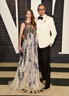 Emilie Livingston and Jeff Goldblum. See what all the stars wore to the Academy Awards' biggest after party.