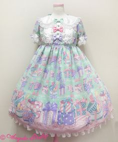 Angelic pretty wrapping heart <3