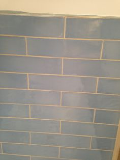 #sdbtilingltd Tiling, Decor Interior Design, Tile Floor, Flooring, Texture, Crafts, Surface Finish, Manualidades, Tile Flooring