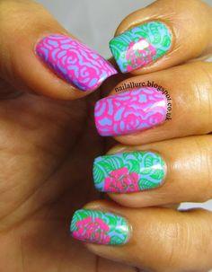 Roses Floral Double Stamping Nail Art #manicure #nailart #stamping #springnailart #modelsown #mundodeunas #bornpretty http://nailallure.blogspot.co.uk/2015/01/roses-double-stamping-manicure.html