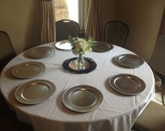 Basic centerpiece and linen included in half day/full day rentals