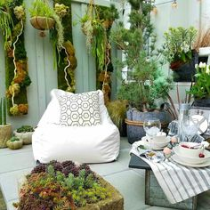 Our 2017 #nwfgs City Living displays packed tons of creativity into a tiny balcony.  Congrats to #nwfgs first-timer @rockybaygarden on many awards including People's Choice!