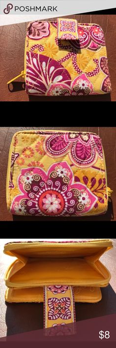 Selling this Vera Bradley Wallet on Poshmark! My username is: noreeneeee. #shopmycloset #poshmark #fashion #shopping #style #forsale #Vera Bradley #Handbags