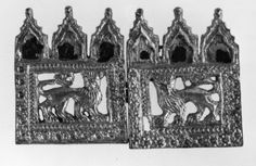Belt-fastening; silver-gilt; in the form of a square plaque with an openwork lion in the centre surrounded by double borders of rosettes; the plaque is surmounted by three Gothic canopies; at the side a hook for fastening.